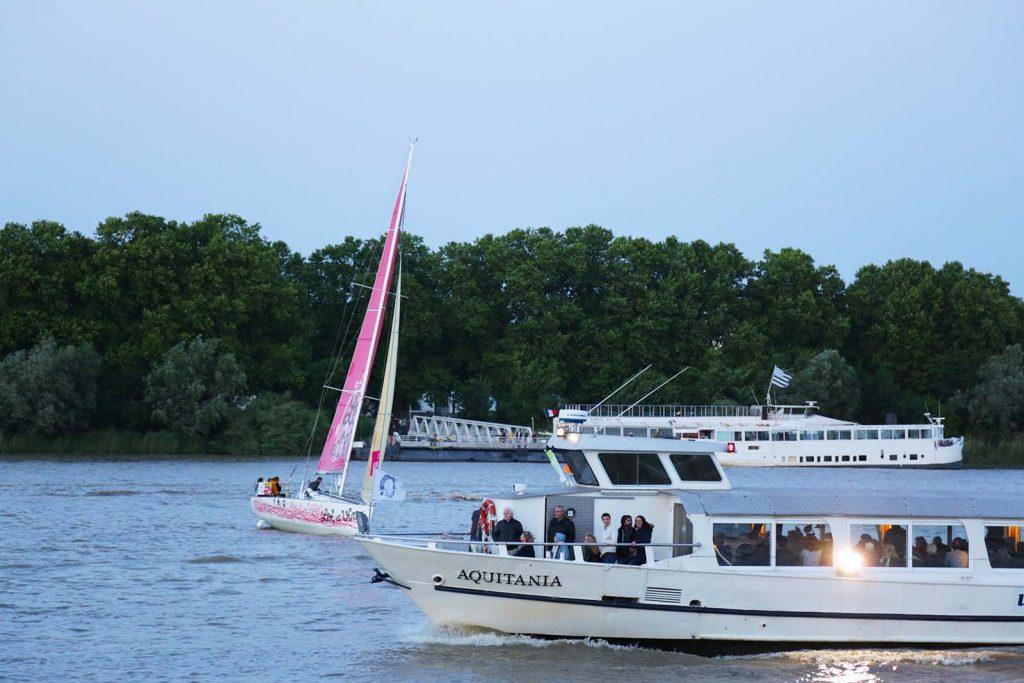 bateau-fleuve-bordeaux