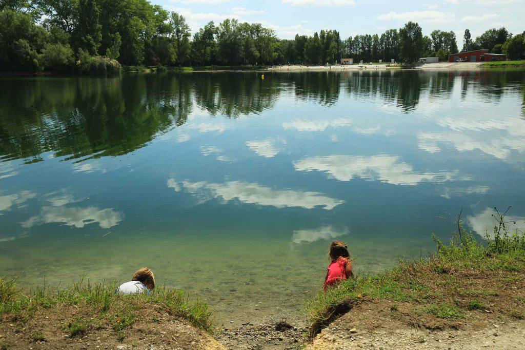 begles-enfants-lac