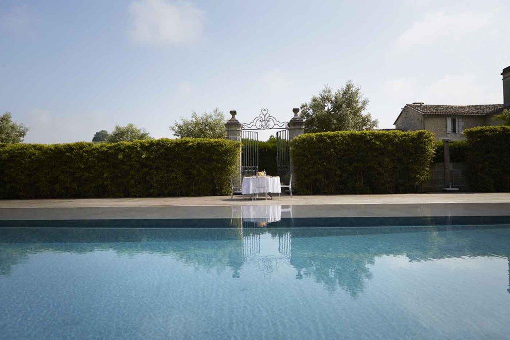 chateau-dauphine-piscine