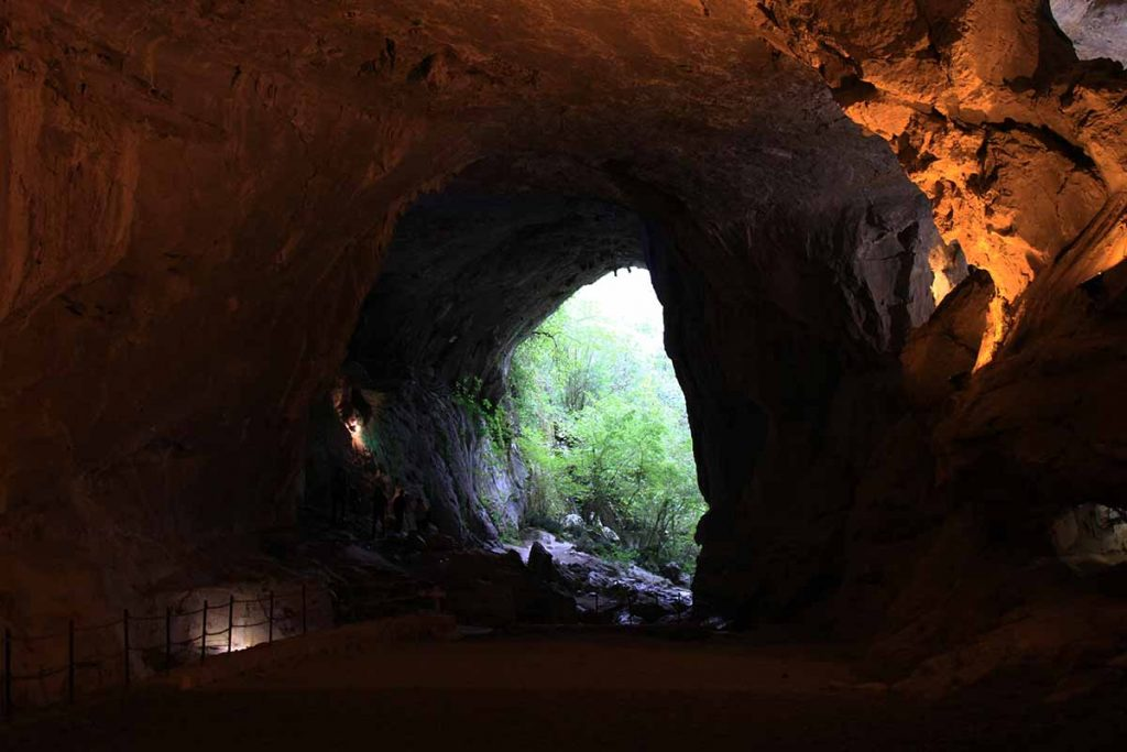 grottes-sorcieres