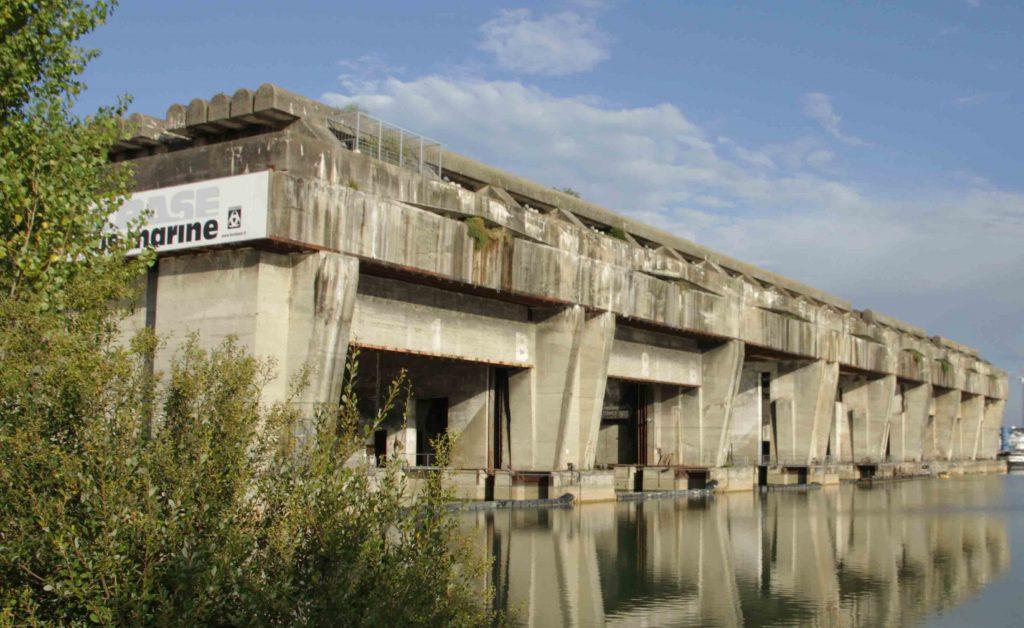 base-sous-marine