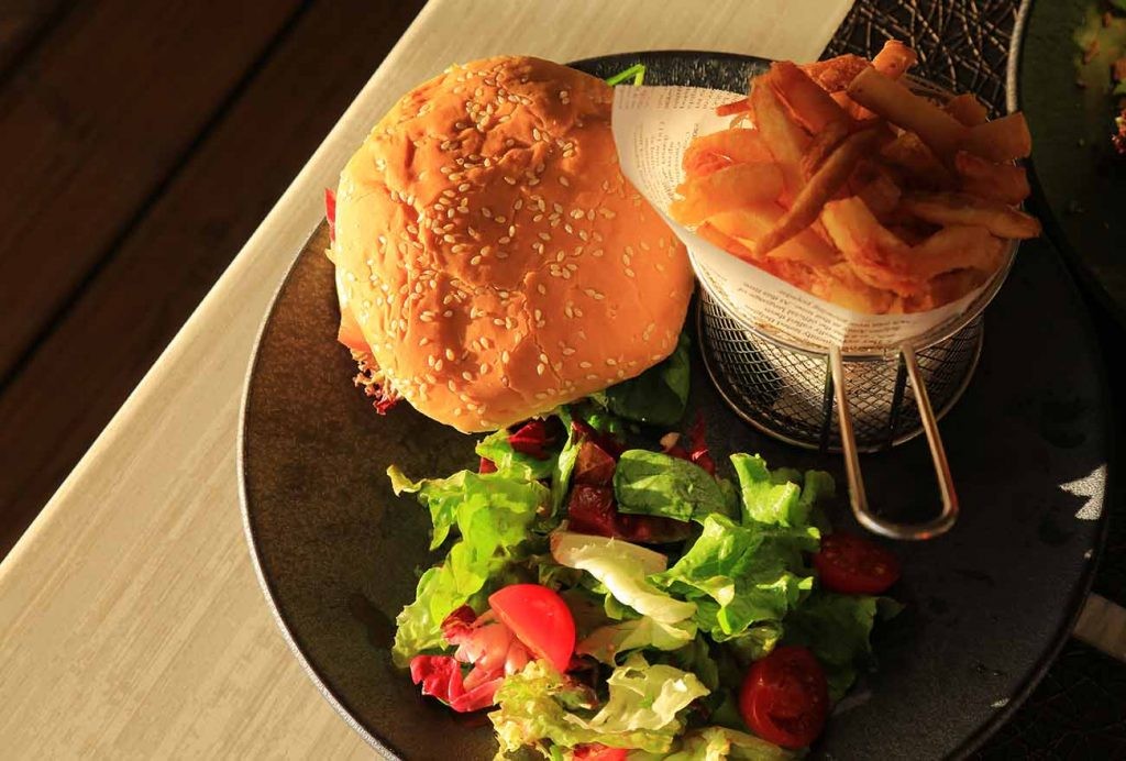 restaurant-o-courant-mimizan-burger